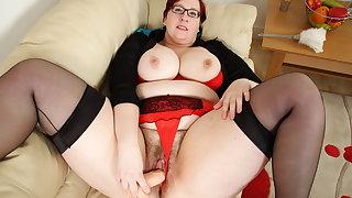 Jayne Storm's hairy cunt loves getting stuffed